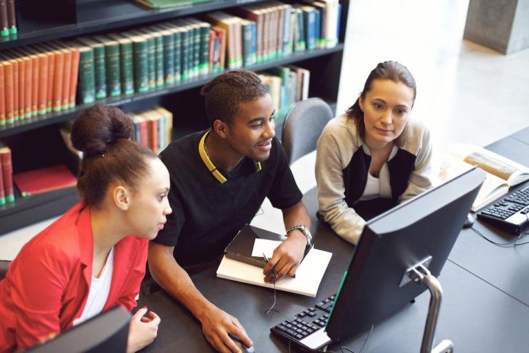 Ensino híbrido e o aluno no centro do processo
