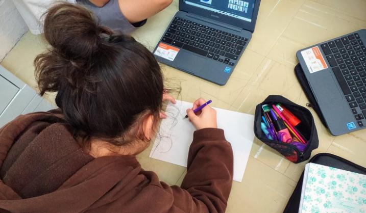 Aulas de historia com geekie one na Escola Projeto Vida